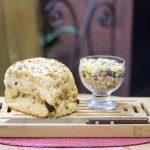 Pão semi-integral com granola