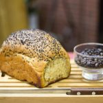 Pão semi-integral de café